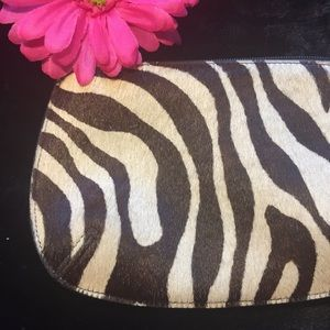 Handbags - 💲COWHAIR ZEBRA CLUTCH!